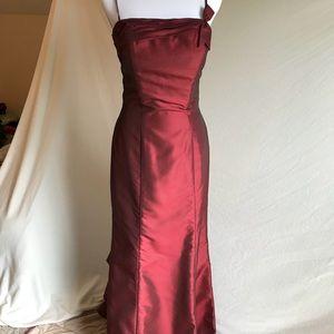 Eden Maids Dress/Gown burgundy size 6 💕